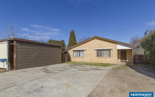 4 Warby Place, Charnwood ACT 2615