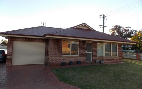 68 McGees Lane, Parkes NSW 2870