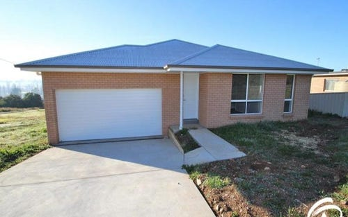 74 Hill Street, Molong NSW 2866