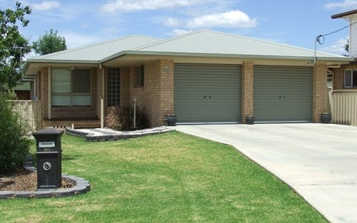 80 Warialda Rd, Inverell NSW 2360