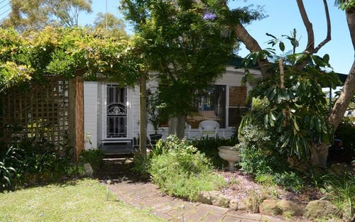 2 Secret Corner Road, Rathmines NSW 2283