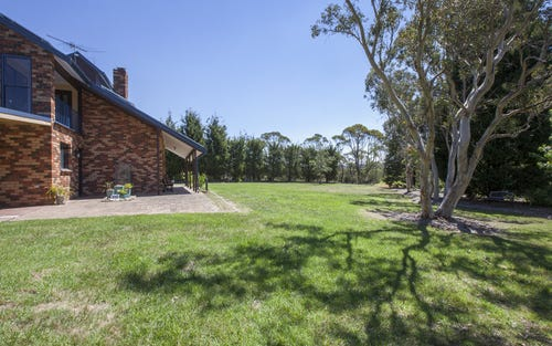 12 Chester Road, Wentworth Falls NSW 2782