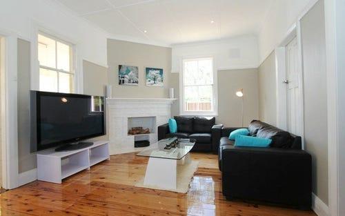 54 Lambert Street, Bathurst NSW 2795