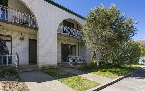2/39-41 Booth Street, Queanbeyan NSW 2620