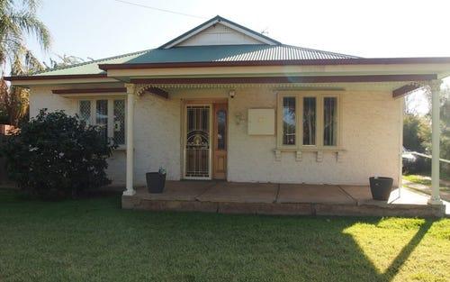 38 Close Street, Parkes NSW 2870