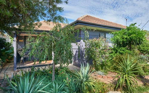 164 Fernleigh Rd, Mount Austin NSW 2650