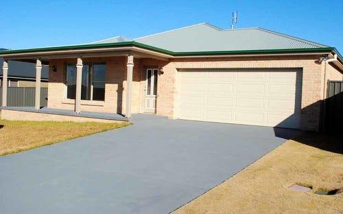 11 Mariposa Street, Orange NSW 2800