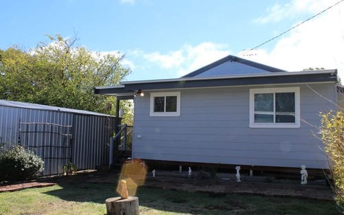 12 Moredun Road, Glen Innes NSW 2370