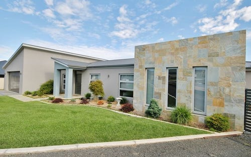 25 Coolabah Close, Kelso NSW 2795