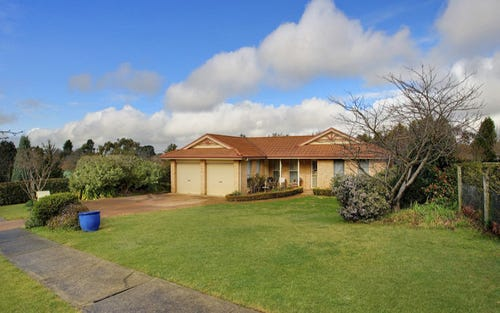 33 Highland Drive, Bowral NSW 2576