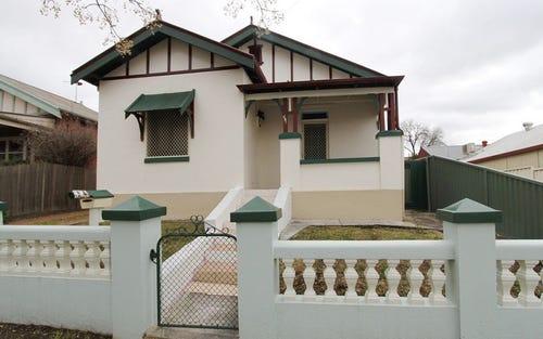 197 Stewart Street, Bathurst NSW 2795