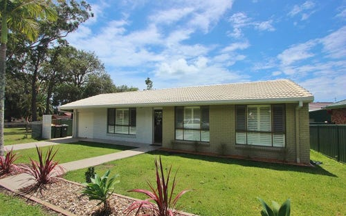31 Peach Grove, Laurieton NSW 2443