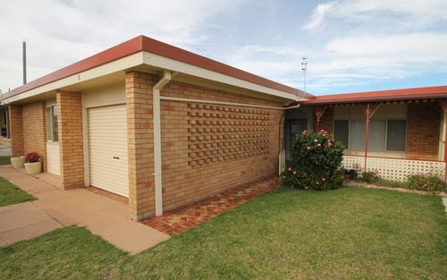 5 Mather, Woodstock NSW 2360