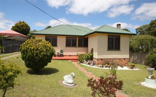 121 Naas Street, Tenterfield NSW 2372