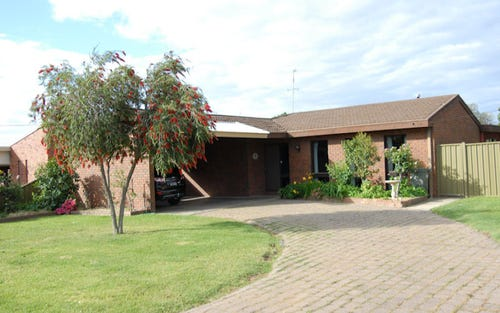 5 Holden Court, Deniliquin NSW 2710