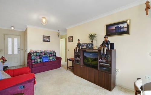 210/15 Lorraine Ave, Berkeley Vale NSW 2261