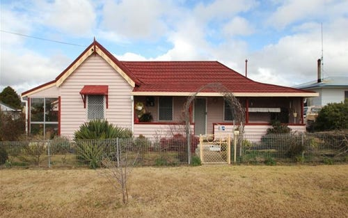 29 Railway Street, Tenterfield NSW 2372