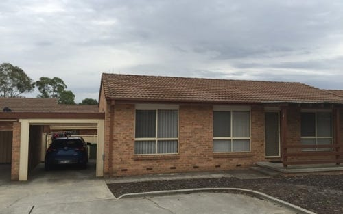 4/2 Lazarus Place, Queanbeyan ACT