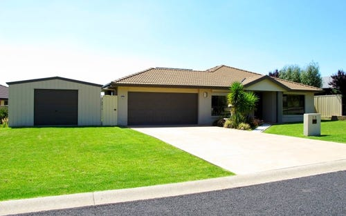 22 Hardy Crescent, Mudgee NSW 2850