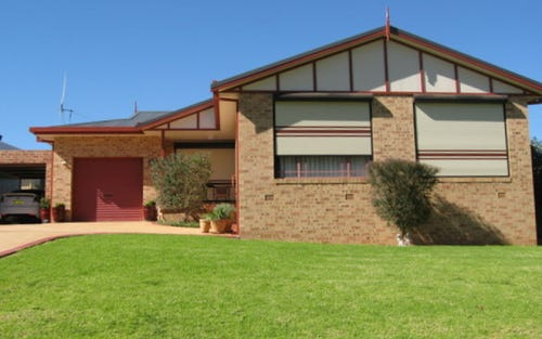33 Park Street, Parkes NSW 2870