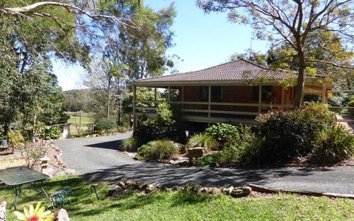 73 Lakeview Crescent, Forster NSW 2428