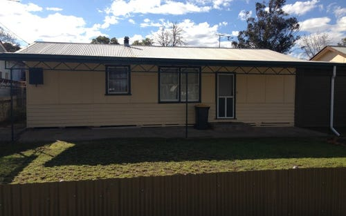 371 Macauley Street, Hay NSW 2711