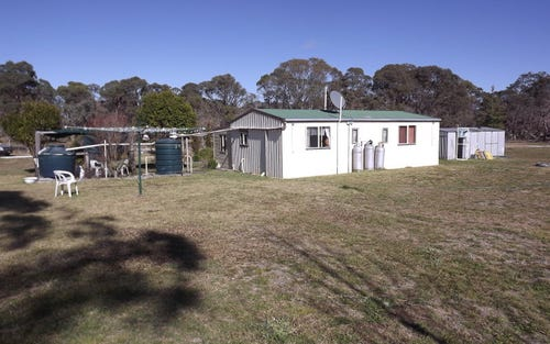 70 Lawler Road, Red Range NSW 2370