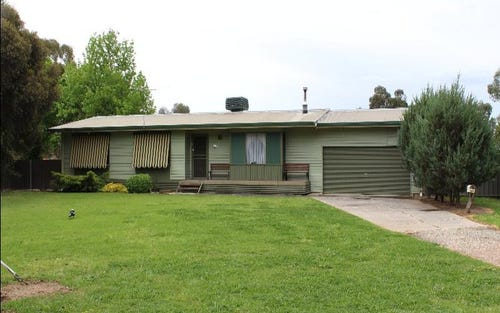 137 Pell Street, Howlong NSW 2643