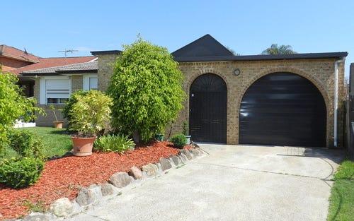 11 Hawthorn Street, St Johns Park NSW 2176