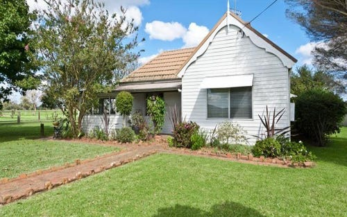 584 Greenwell Point Road, Brundee NSW 2540