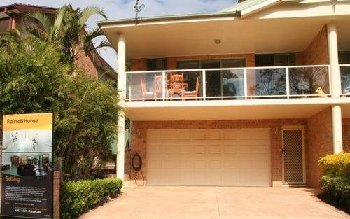 105 Francis Avenue, Lemon Tree Passage NSW 2319