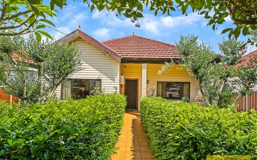 44 Cross St, Campsie NSW 2194