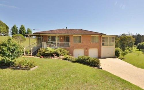 76 Preston Drive, Macksville NSW 2447