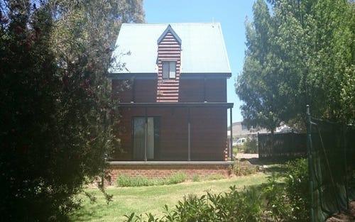 23 Rowan Ave, Uralla NSW 2358