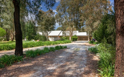 2 Rosborough Court, Thurgoona NSW 2640
