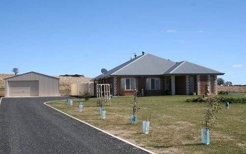 52 Galloway Place, Glen Innes NSW 2370