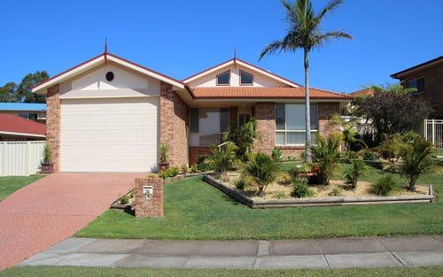 24 Akala Avenue, Forster NSW 2428