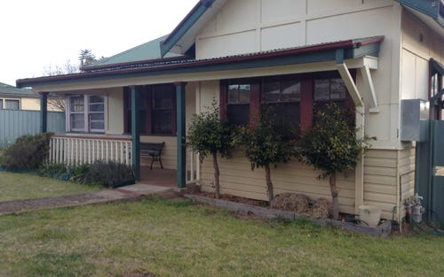 18 Mimosa Street, Coolamon NSW