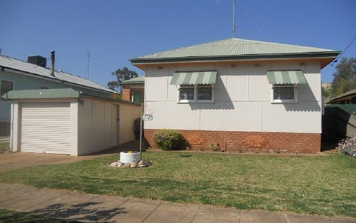 8 Peak Hill Road, Parkes NSW 2870