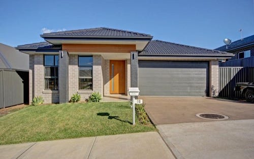 10 Morson Avenue, Horsley NSW 2530