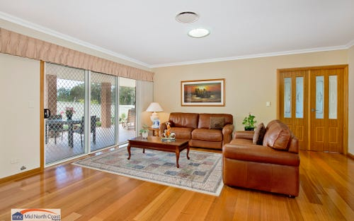5 Wedgetail Dve, Laurieton NSW 2443