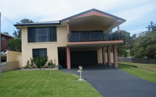 96 Strand Street, Forster NSW 2428