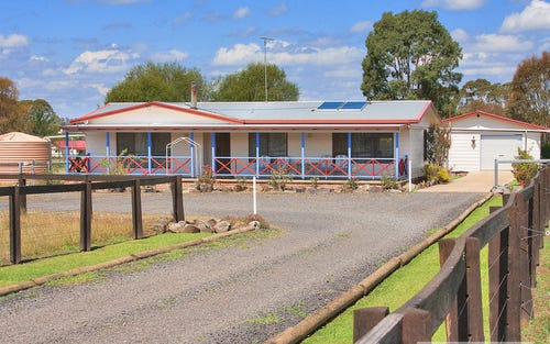 20 Lawson Road, Armidale NSW 2350