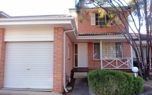 5/4-5 Welch Place, Minto NSW