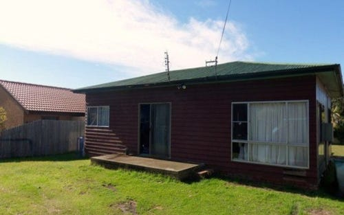32 Glanville Road, Sussex Inlet NSW 2540