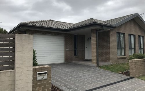 3 Madden Street, Oak Flats NSW