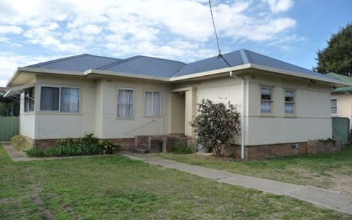 232 Bourke Street, Glen Innes NSW 2370