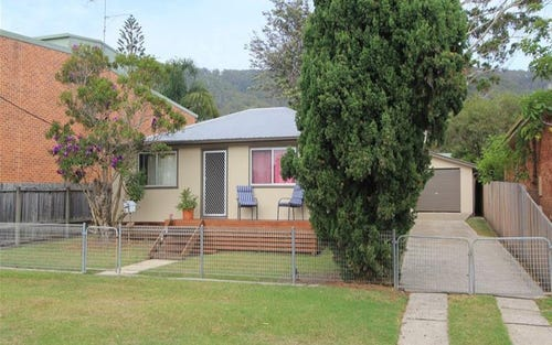 24 Lake Street, Laurieton NSW 2443