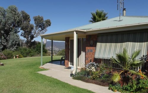 44 Hargreaves Close,, Tumut NSW 2720