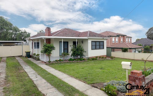 72 Belmont Road, Glenfield NSW